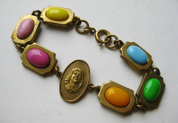 Vintage 30s International Order of Rainbow for Gir