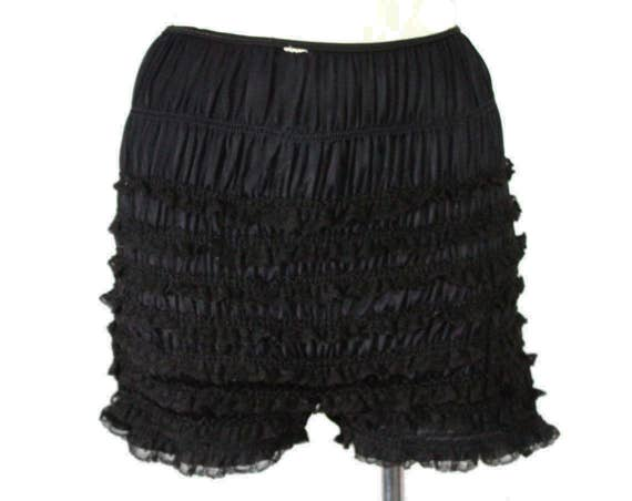 4cc0a4eb920c7 Ruffled Black Panties 1950s Bettie Style Black Panty with