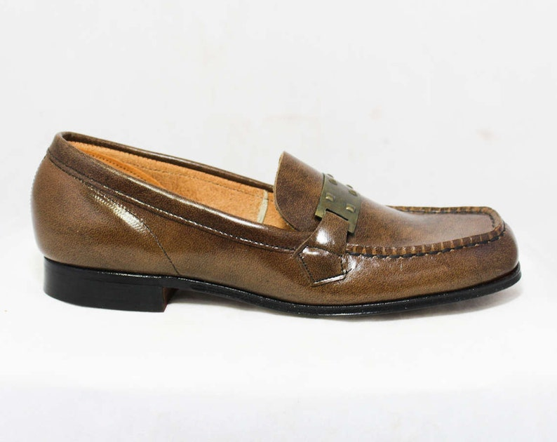 97c744a6aa5 Size 2 Boys Shoes Authentic 1960s Brown Leather Loafers