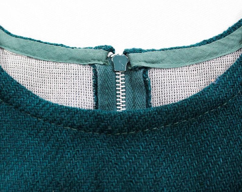Child Size 10 Girl/'s Mod 60s Mini Dress Chest 28 Go-Go 1960s Teal Green Sleeveless Jumper Cute Fall Winter Tartan Red /& Black Plaid