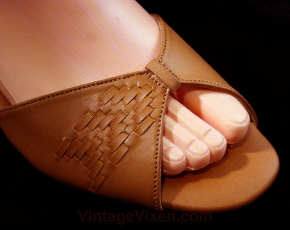 8 Shoes W Tan Sandals 43253 Size Open Deco Width 8W 1970s NOS Puppies 30s Strappy Wide 5 Detail Style Woven Heels Toe Hush qwx0gXWt