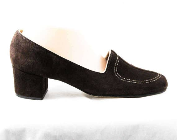 10 Sophisticated 70's Deadstock Sueded Vintage 48292 70s 10M Heels Size Leather Size Pumps 1970s Brown Shoes NOS 2 Suede Quality d787Z6xq