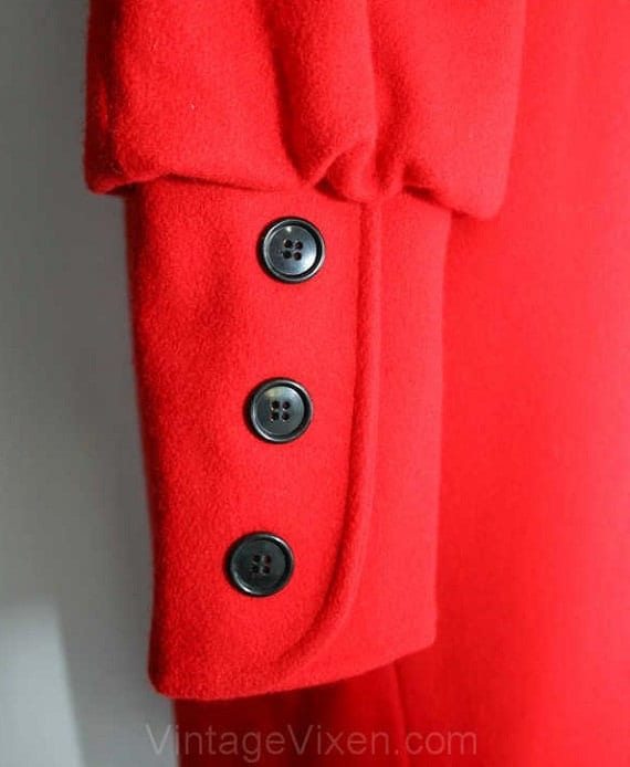 Size 20 Fabulous Red Wool Coat with Leg-O-Mutton … - image 3