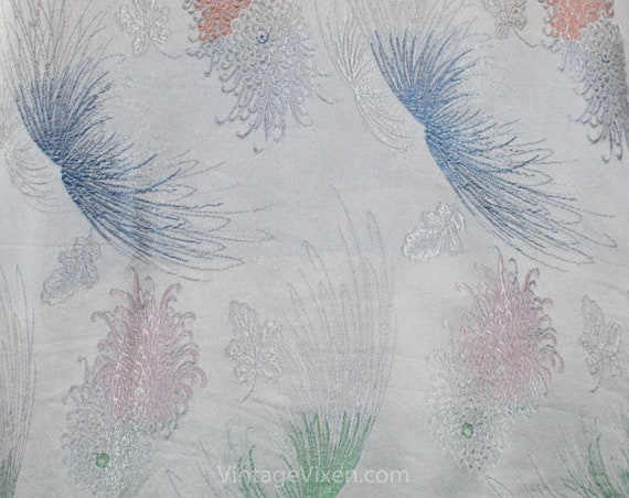 Asian Silver Brocade Kimono Robe - Ladies Size La… - image 7
