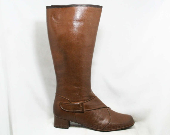 Size 9 Trompe L'Oeil 60s Boots - Brown Waterproof