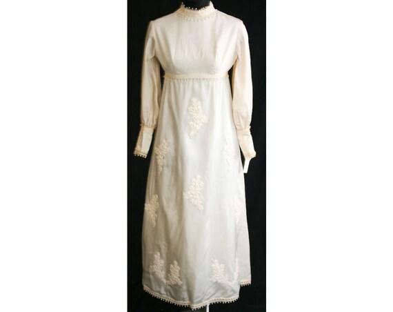 Size 6 Wedding Dress - 1960s Empire Satin Bridal G