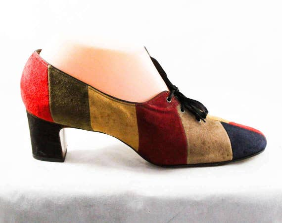 Pumps Color European Maroon 1960s Shoes Fawn 8 Fall Style Shoes Colors Size Black 60s Lace 48291 Suede Up 8AA Block Narrow Red wIzYnA