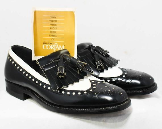 Size 9 Men's Spectator Shoes - 1960s Oxford Loafer