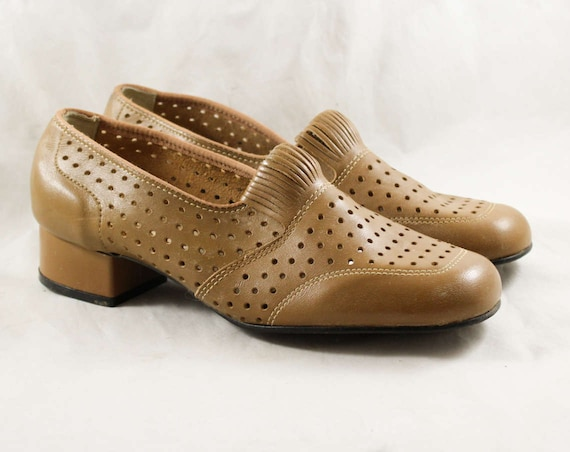Deco Dotted Pumps 1960s Deadstock Shoes Brown 6W Worn Light Leather 47875 Wide Polka 60s Perforated Dot Tan 6 Size Never Style 20s axPFwv