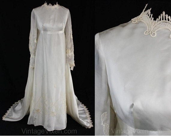 8 Empire Size 200 Stock Roses New with Embroidery 36369 Wedding 1960s 60s Dollar Tag Strewn Satin Bridal Dress Lovely Gown Old NWT Xddxpr