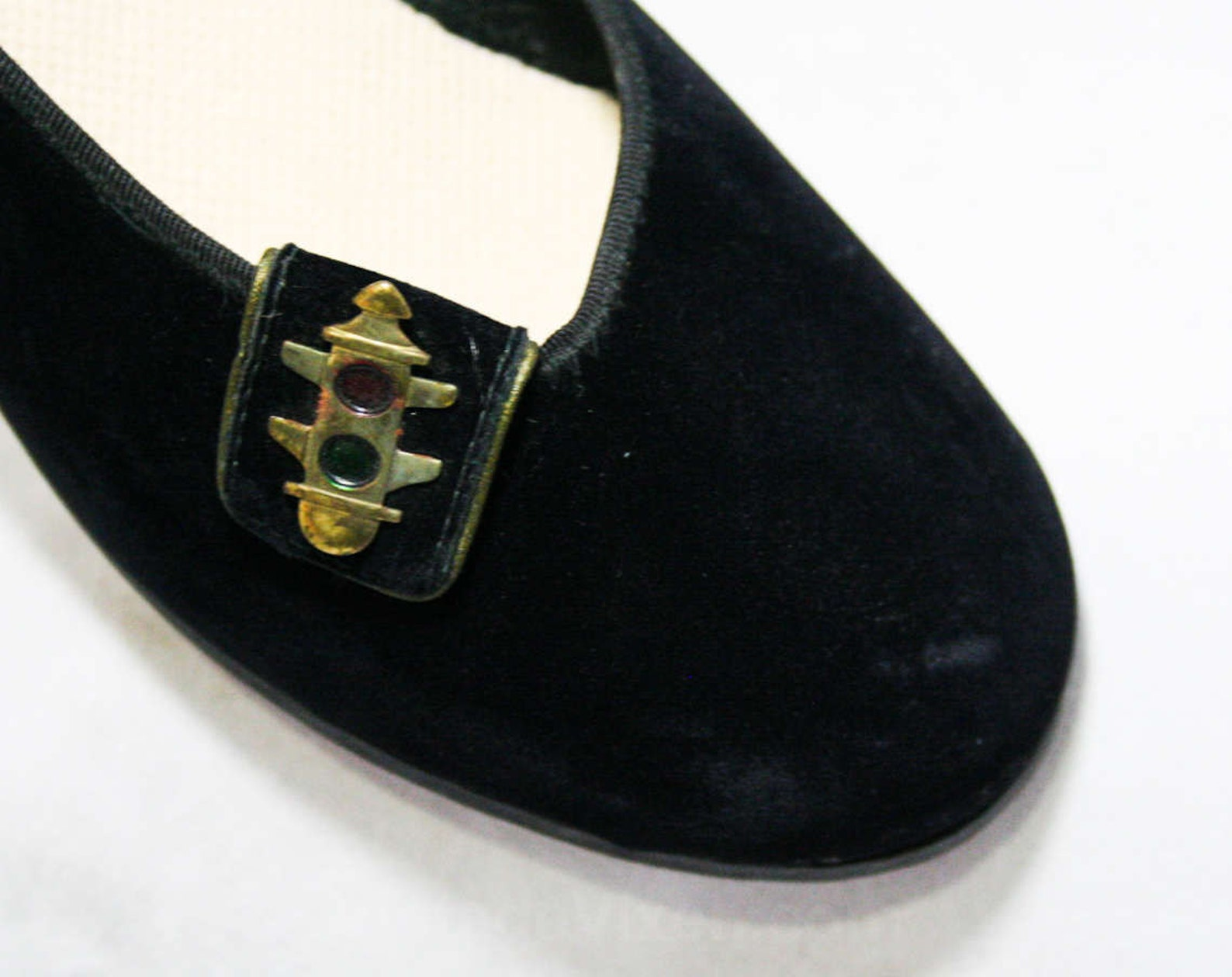 size 4 black shoes - traffic lights detail - small size 1950s swing style ballet flats - 50s bobby soxer shoe - 50's lindy h