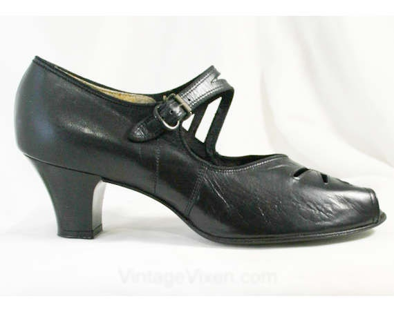 Size 5.5 Leather Black Shoes - 1950s Leather 5.5 Peep Toes with Elegant Cutwork - 5 1/2 A / AAA Narrow Width Pumps - Deadstock - Sophisticated - 40056-1 add058