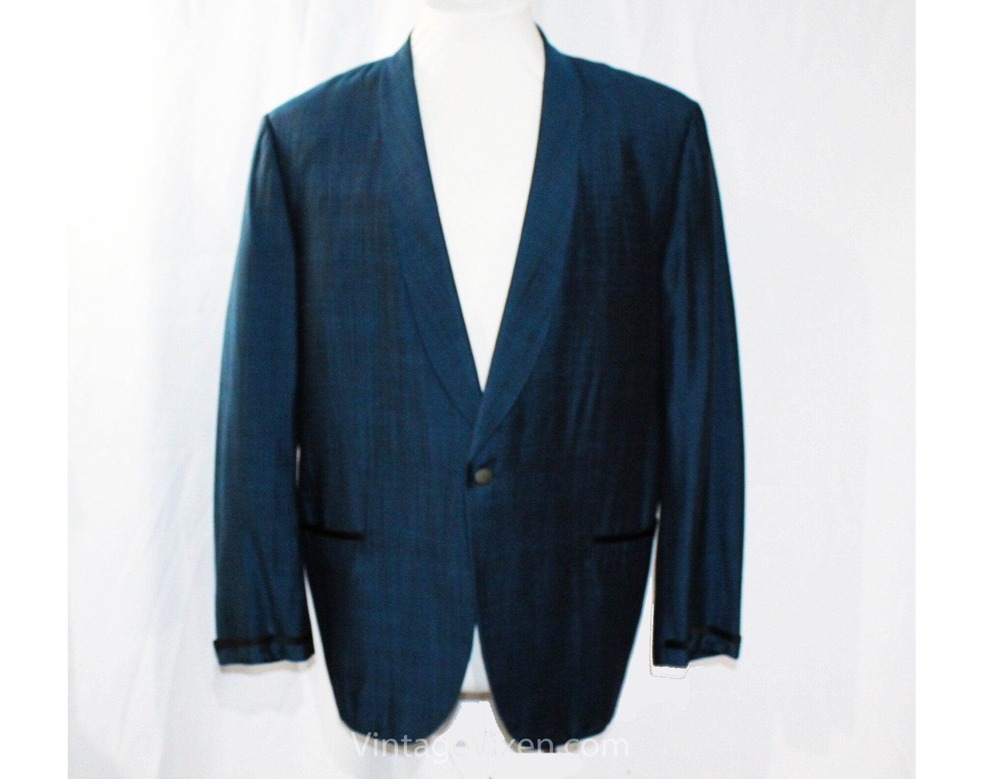 1950s Mens Suits & Sport Coats | 50s Suits & Blazers Mens Large Sharkskin Jacket - Sharp 1950S Teal Sapphire Blue Shark Skin Suit Handsome Mid Century Rat Pack Sport Coat Chest 46 $40.45 AT vintagedancer.com