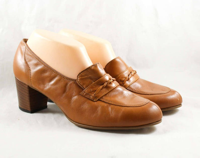 d5b57fee24d7a Size 10 1960s Shoes - Caramel Leather Loafers - 60s Brown Shoes - Nice  Quality Hipster Chic - Unworn 60's Deadstock - 10 AA Narrow - 47862-2