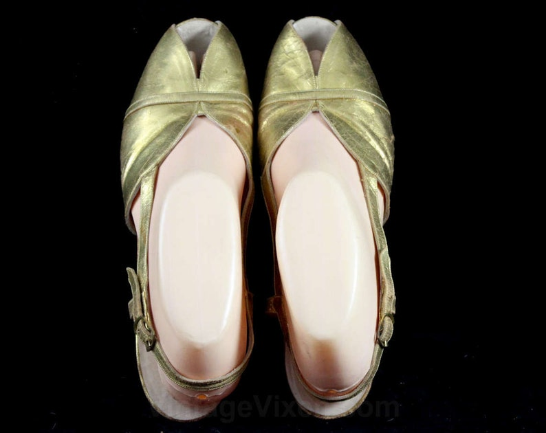 8d5a9bafa8899 Size 8 Ferragamo Shoes - Authentic Rare 1930s Deco Era Gold Leather Heels -  As Is - Metallic 30s Hollywood Glamour Girl Open Toe - 8B