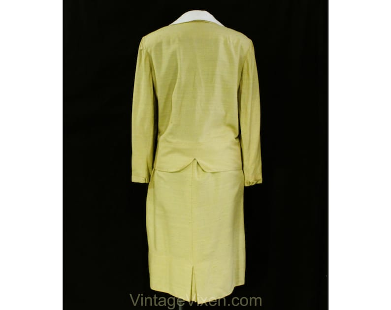 Waist 30 Late 50s Early 60s with Pockets Size 10 Taupe Suit 1950s Golden Yellow Faux Silk Tailored Jacket and Skirt by Peck /& Peck