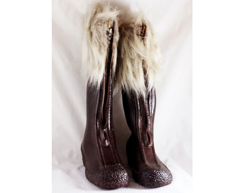 5b1e3fbf554ed Size 7 Waterproof Boot with Faux Fur Cuffs - Dark Brown 60s Boots - Zip  Front Water Proof Rubber - Fleece Lined - 1960s 70s Deadstock