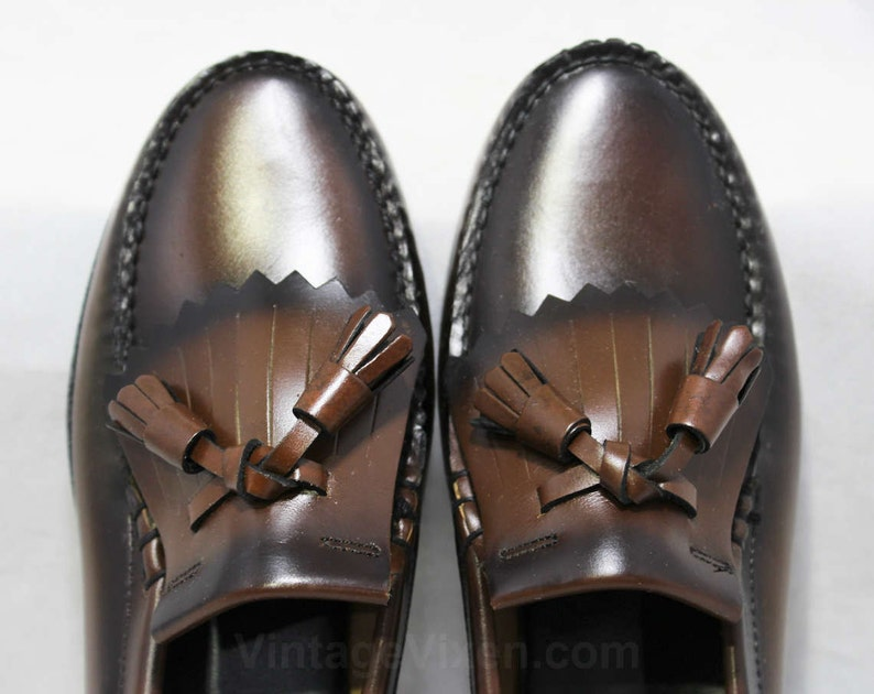 406bf9d6b0439 Size 3.5 Boys Shoes - Authentic 1950s Brown Leather Loafers - Child Size  Boy's 3 1/2 D - Slip On 50's Shoe - 50s Deadstock in Box NIB