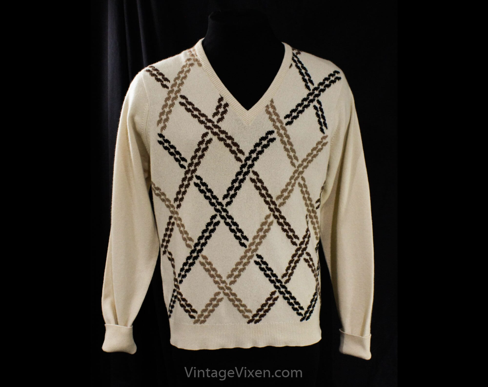 1950s Men's Ties, Bow Ties – Vintage, Skinny, Knit Mens Ballantyne Cashmere Sweater - Large Beige Taupe Brown Pullover Medium Luxury Knitwear Thick Intarsia Chest 44 $139.99 AT vintagedancer.com