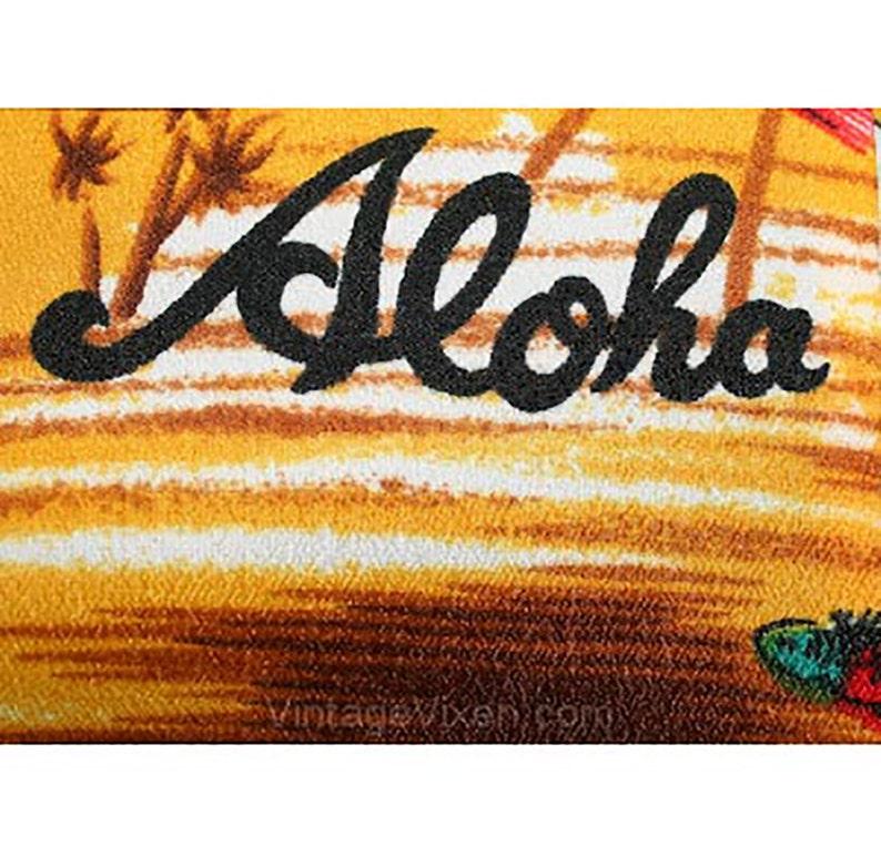 Fishes Novelty Print 1960s Mens Casual Top Underwater Scene Men/'s Medium Aloha Shirt Hawaiian Style 60s Lounge Wear Chest 42-33115