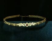 Circlet Handsome floral d...