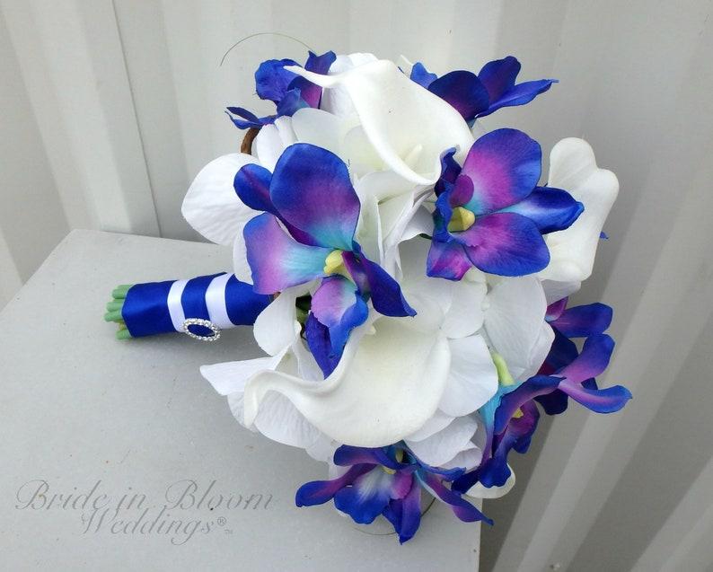 Bouquet Sposa Orchidee Blu.Blue Orchid Wedding Bouquet Bridesmaid Bouquet Galaxy Orchid Etsy