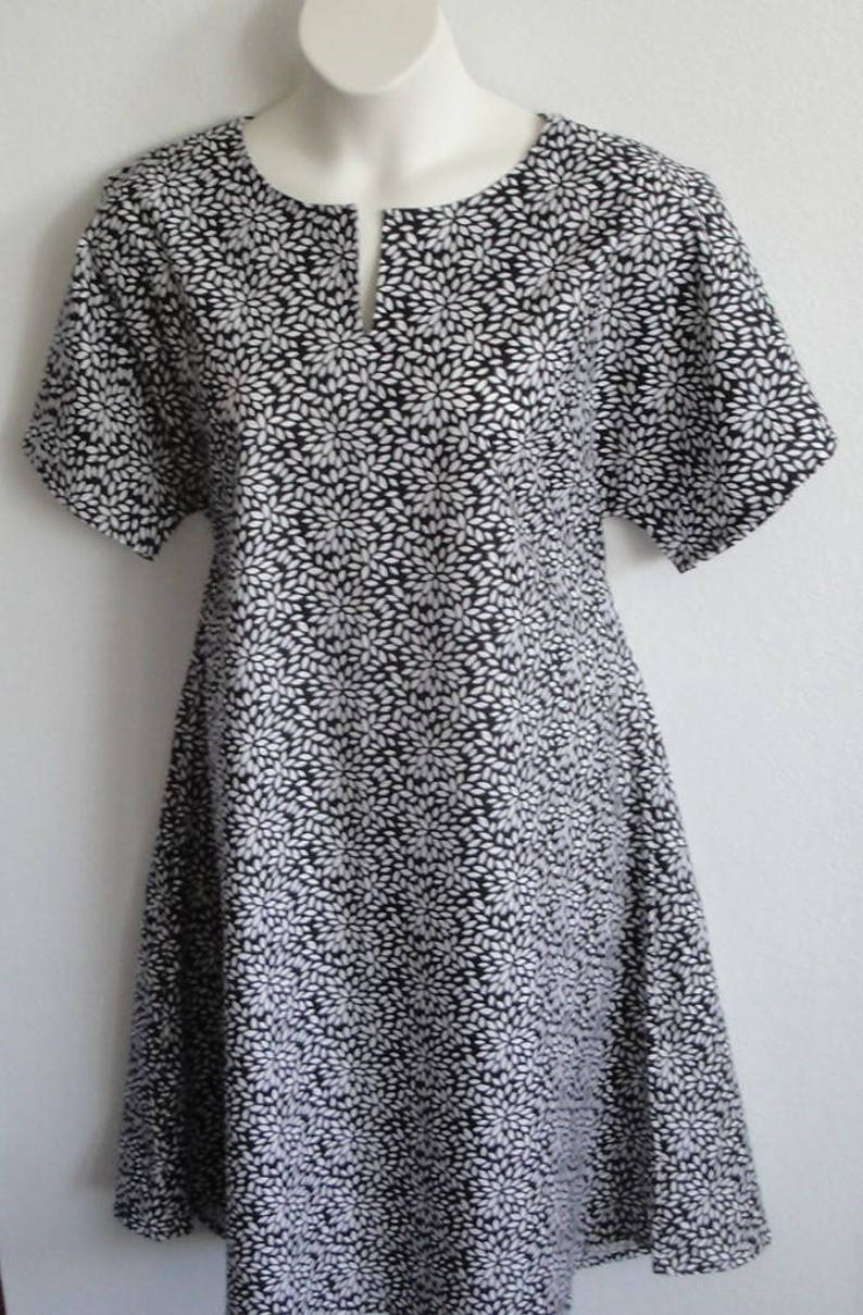Post Surgery Gown  Shoulder Surgery  Mastectomy Style Erin XS 3X Breast Cancer  Hospice  Hospital  Breastfeeding