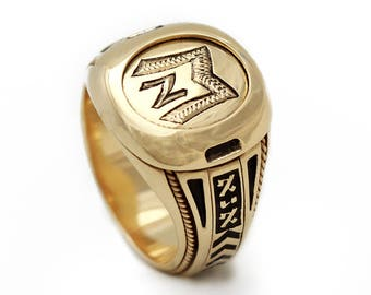 Gold Signet Ring, Men Custom Engraved Signet Ring, Monogram Initials, Enamel ring, Signature Ring-Personalized gold jewelry-gold Black ring,