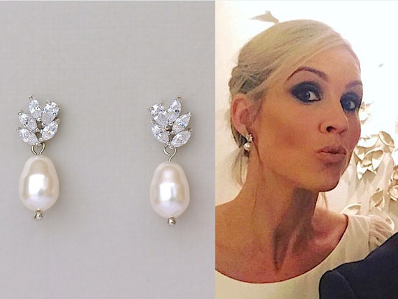 Crystal Beaded Jewelry Drop Silver earring Yellow Gray /& White Cluster Pearl Earrings Everyday Fancy or Bridesmaid wedding