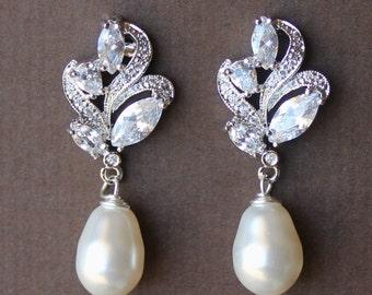 Wedding Earrings, Crystal Bridal Earrings, Pearl Drop Earrings, Bridal Jewelry, Wedding Jewelry, FLEUR