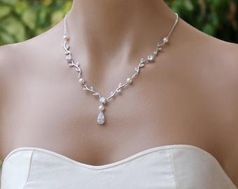 Vine Crystal Bridal Necklace, Dainty Crystal and Pearl Wedding Necklace, Wedding Jewelry, Bridesmaid Necklace VINE