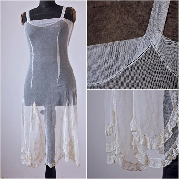 Vintage 20's Flapper Lace and Mesh Slip Cream Pull