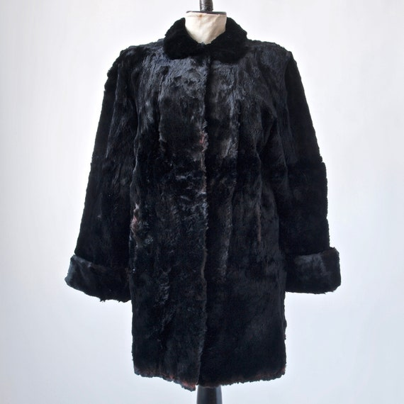 1940's Black Fur Coat with Cuff Sleeves, Shoulder