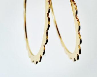 GOLD HOOP EARRINGS - Scalloped Hoops