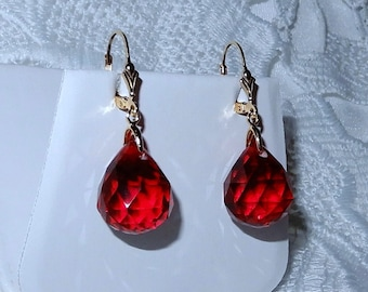 Blood Red Topaz Step-cut Faceted Pointed Flared Briolette