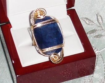 50ct Natural Oval faceted Blue Sapphire gemstone, 14kt yellow gold Ring size 6
