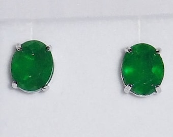 18TCW Natural Columbia Oval Emerald gemstones, 14kt White Gold, Silver Stud Earrings