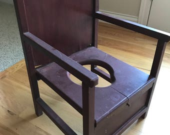 Charmant Antique Wooden Potty Chair