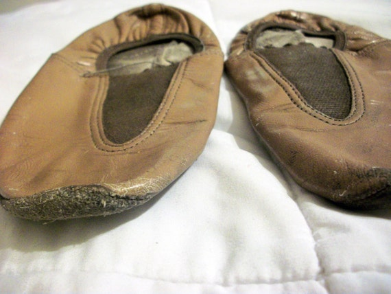 Vintage kids tan jazz shoes | Etsy