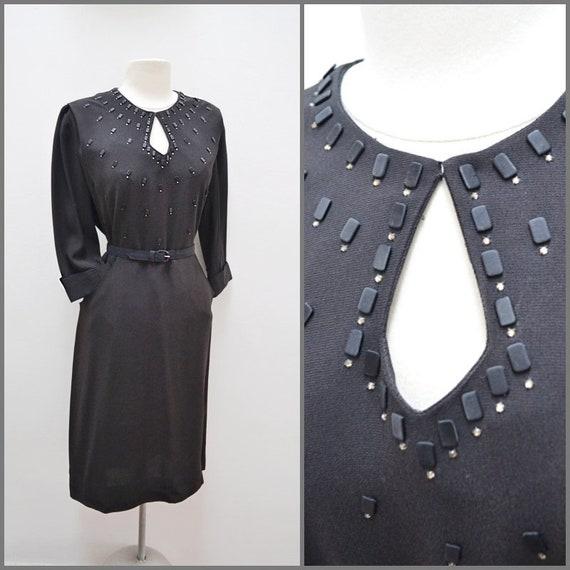 1940s Black rayon crepe stud & satin keyhole neck