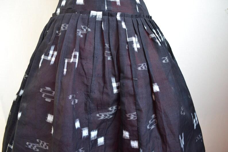 1950s Black /& white kasuri Japanese printed dolman sleeve day skirt  50s mid century print full pleated skirt cotton summer dress XS