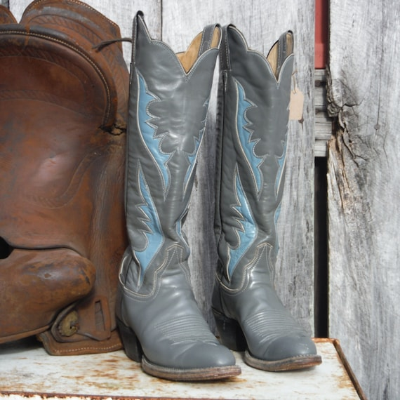 Laramie Vintage Gray and Blue Cowboy Boots Size 6-