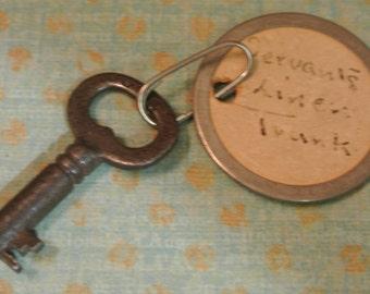 Vintage Antique Servent's Trunk Skeleton Key Set