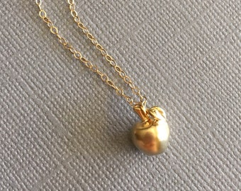 Apple Necklace, Golden Apple Necklace, Teacher Appreciation Gift, Simple Gold Necklace, Minimal Jewelry, Cute Delicate Necklace