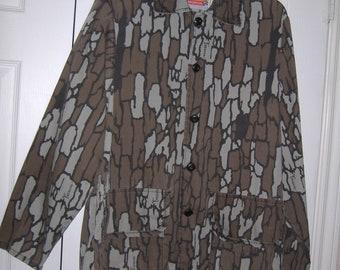 8a69e06c15ad7 Men's Trebark Camo Hunting Shirt, Size Medium, 1980s