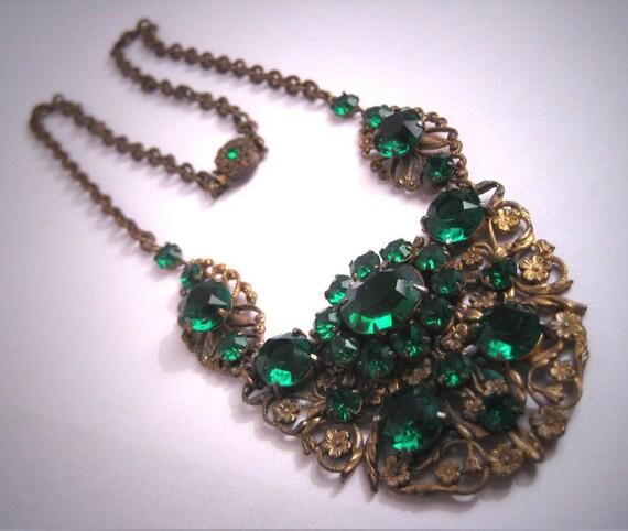 Antique Green Emerald Paste Necklace Vintage Victo