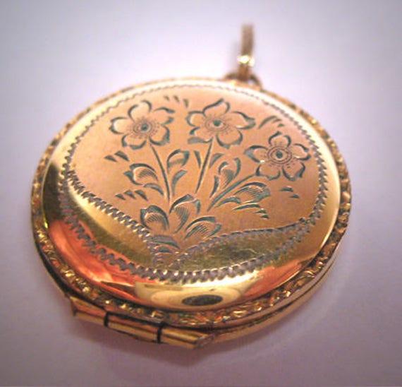 Antique Ornate Gold Locket Victorian Art Deco 20s