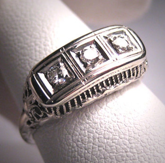 Antique 3 Diamond Wedding Ring Band Vintage Victor