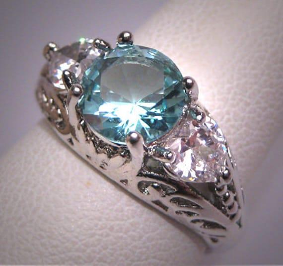 Vintage Sterling Silver Heart White Opal /& White Topaz Ring Size 6