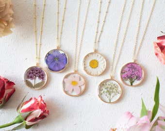 Gold Pressed Flower Necklace   Dried Flower Jewelry   Real Flower Necklace   Daisy Necklace   Bridesmaid Jewelry